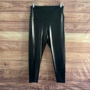 Yummie 2X Pebble Faux Leather high waisted legging